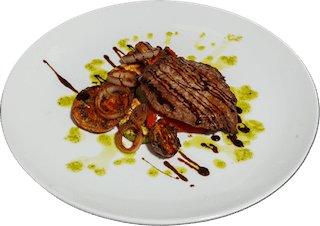 Стейк свиной с овощами гриль