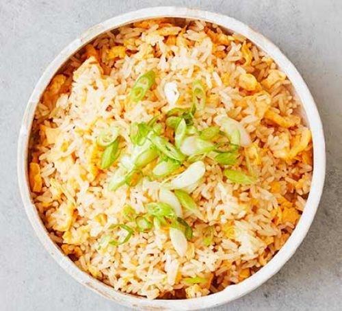 Китайский рис с яйцом